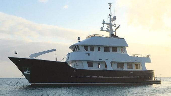 Hercules 75ft Molokai Strait 2006