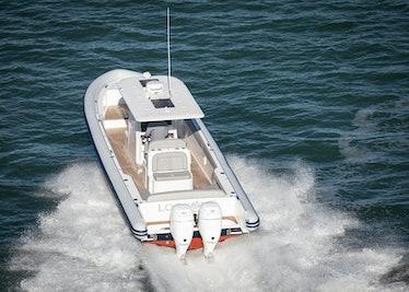 Ocean-1-Rogue-370-tender-13