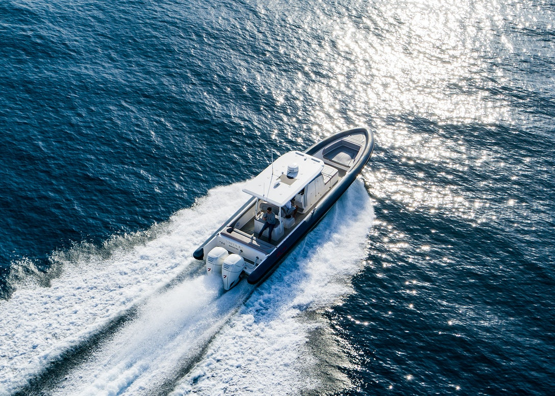 Ocean-1-Rogue-370-tender-21