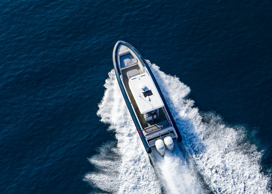 Ocean-1-Rogue-370-tender-22