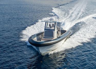 Ocean-1-Rogue-370-tender-23