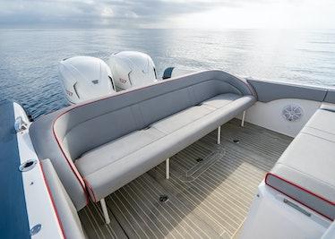 Ocean-1-Rogue-370-tender-32