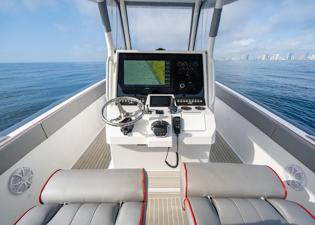 Ocean-1-Rogue-370-tender-36