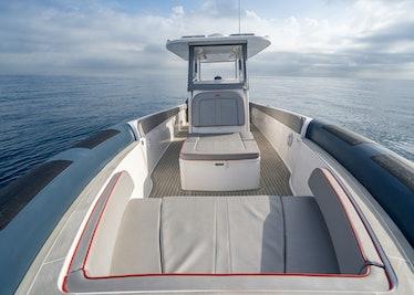 Ocean-1-Rogue-370-tender-42