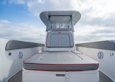 Ocean-1-Rogue-370-tender-43